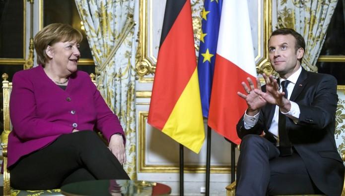 Συνάντηση Μέρκελ-Μακρόν στο Παρίσι