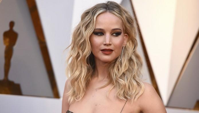 Jennifer Lawrence: Κι όμως κάνει πολύ σπάνια σεξ και αποκ