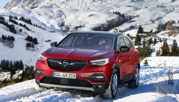 Γιατί το νέο  Opel Grandland X «πατάει» σταθερά στον δρόμο