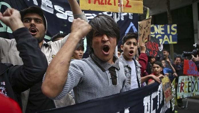 Αντιφασιστικές διαδηλώσεις σε Αθήνα και Θεσσαλονίκη