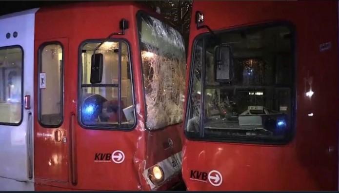 Σύγκρουση δύο τραμ στην Κολωνία