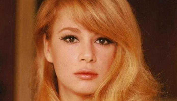 Ελληνίδα ηθοποιός για Αλίκη: Άσε με να ανέβω κι εγώ...