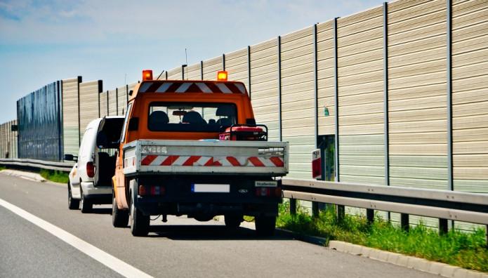 Οδική βοήθεια σε αυτοκινητόδρομο