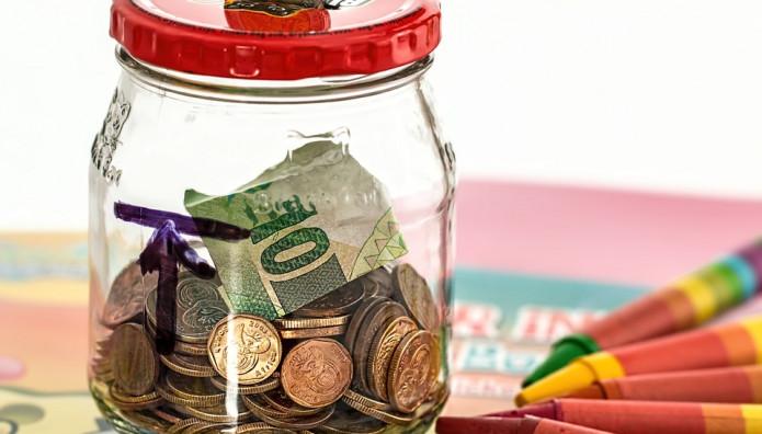 Χρήματα σε γυάλα