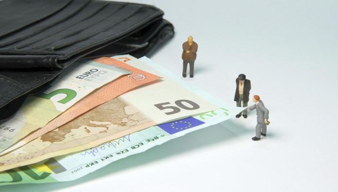Ανθρωπάκια και χρήματα
