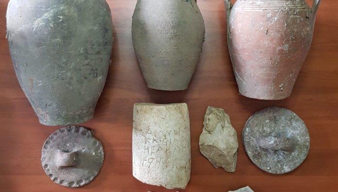 αρχαιοκαπηλία