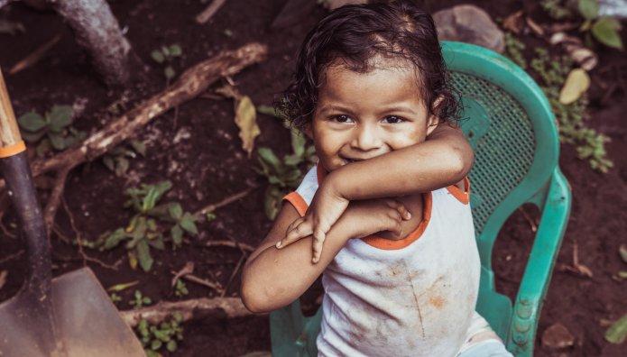 παιδί φτώχεια