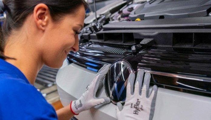 VW Golf  2020 Εργοστάσιο