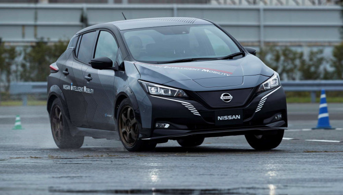 Ηλεκτρικό Nissan LEAF e + Διπλό Μοτέρ Έλεγχος Τροχών