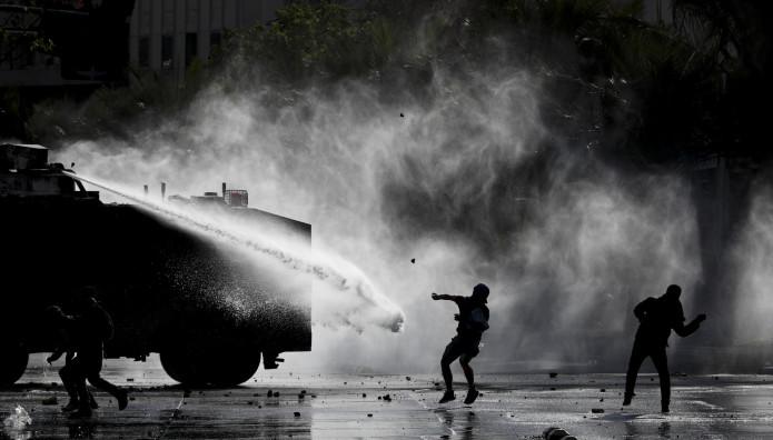 στιγμιότυπο από διαδήλωση στη Χιλή