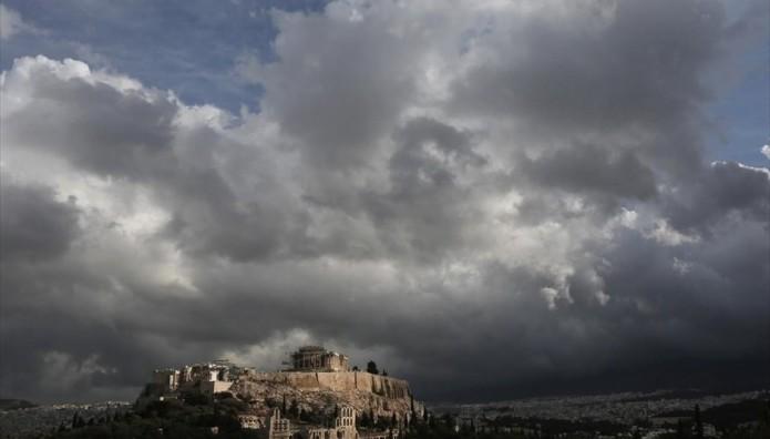 Αθήνα Ακρόπολη σύννεφα