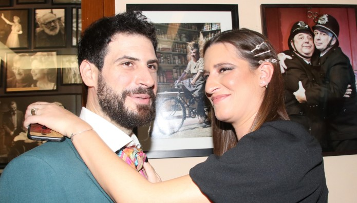 30 dating 22 ετών