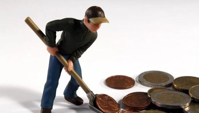 Παιχνίδι-άνθρωπος και κέρματα