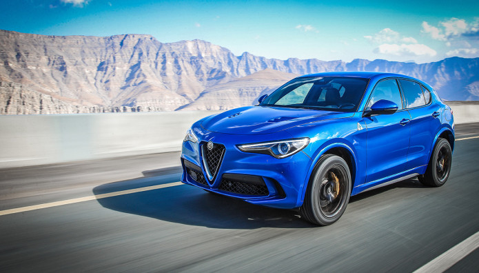 "Alfa Romeo Stelvio Quadrifoglio ""Sportscar of the year"""