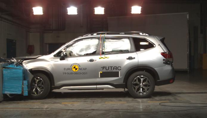 Subaru Forester e-BOXER Euro NCAP