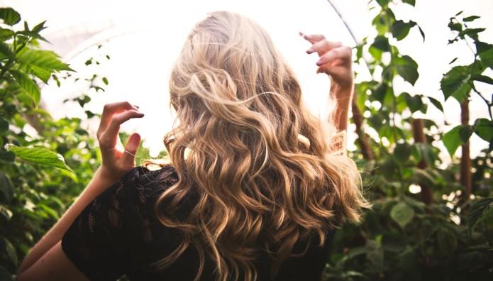 tips για μεταξένια μαλλιά