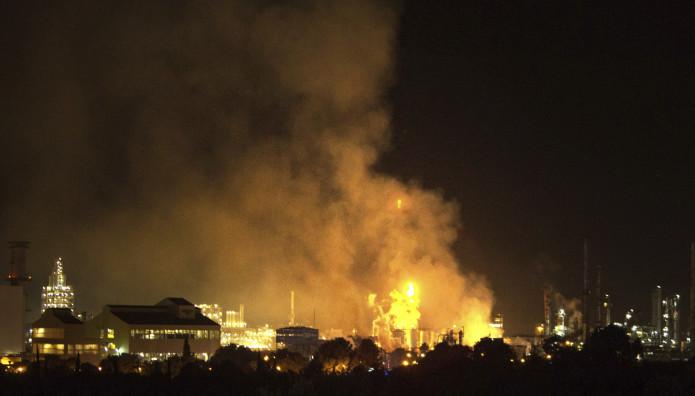 πυρκαγιά σε χημικό εργοστάσιο στην Ισπανία