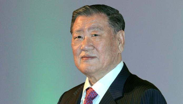 Hyundai Πρόεδρος Mong-Koo Chung  Automotive Hall of Fame